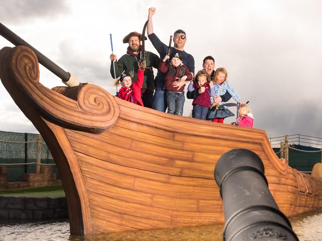 http://www.piratesislandadventuregolf.co.uk/wp-content/uploads/2014/03/3.jpg